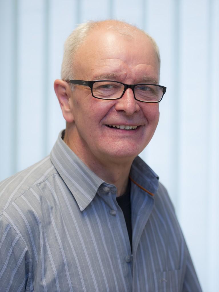 Bernhard Schmitt, Zahntechniker